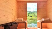 Die erste Solarsauna der Welt steht in den Schweizer Alpen auf 2000 m.ü.M