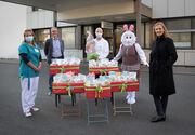 Familie Heini beschenkt kranke Kinder im Kinderspital