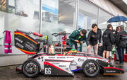 Studenten aus aller Welt messen sich bei der Formula Student Germany 2018