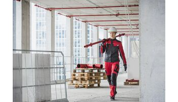 Neu: Arbeitskleidung im Mietservice für Handwerkerinnen