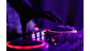 Virgin Radio Switzerland – Nachwuchstalente bei der «FridayNite Winter Edition»