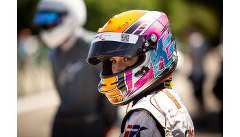 """Erste Rennfahrerin der """"AutoScout24 und CUPRA Young Driver Challenge"""" an einem ADAC TCR-Germany-Rennen"""