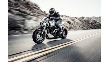 Hollywood-Star Keanu Reeves und Custom-Motorrad-Guru Gard Hollinger exklusiv an der SWISS-MOTO bei Speedbox