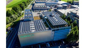 1'500 m2 grosse Photovoltaik-Anlage unterstreicht nachhaltige Firmenausrichtung von Nahrin AG