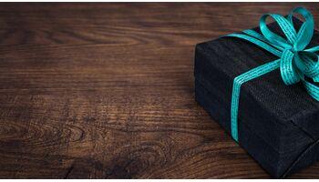 Das Fintech Crowd4Cash gratuliert dem www. zum 30. Geburtstag mit einem 0% Kurzkredit