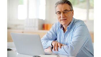 Erster Pflegekosten-Rechner im Internet