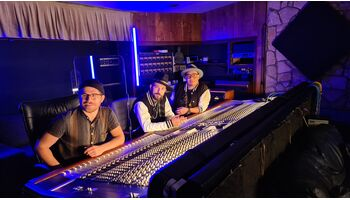 Am Sonntag startet mit BLAY eine neue Schweizer Musiktalentshow bei blue!