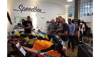 Eröffnung eines einzigartigen Rennmotorrad-Paradieses